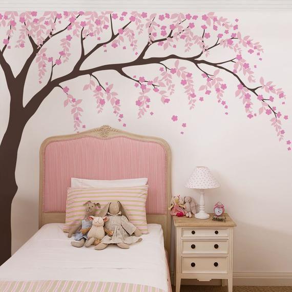 Lukisan Mural Sakura