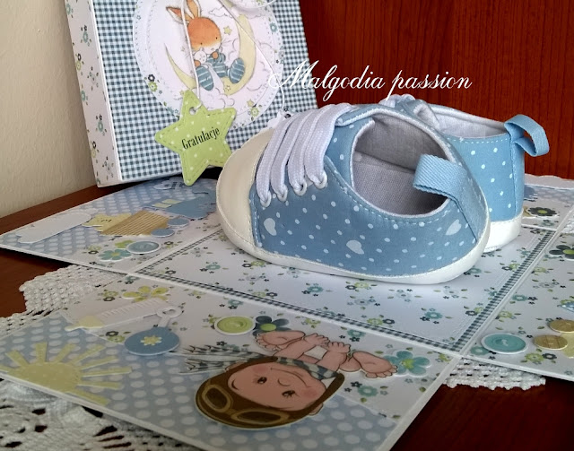 Exploding box z …prawdziwymi bucikami na narodziny