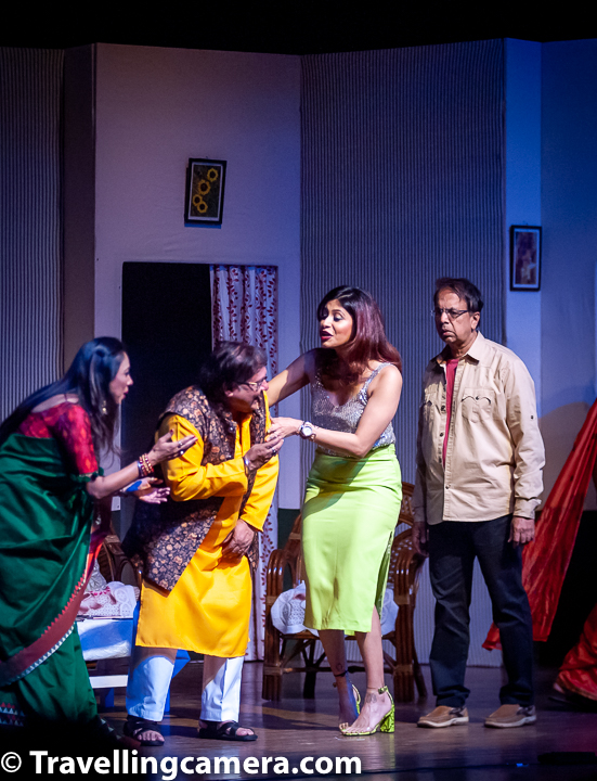 "Coming back to their play ""Patte Khul Gaye"", the play started with a family of four (parents with two teenage kids) preparing for a dinner party in the planned for the evening. And a few things became apparent right from the first scene onward - Rupali Ganguly is in her Monisha avatar and as capable of bringing her to life on stage as she was on television, there were going to be quite a few laughs during the play, and that Anant Mahadevan will probably be under-utilized."