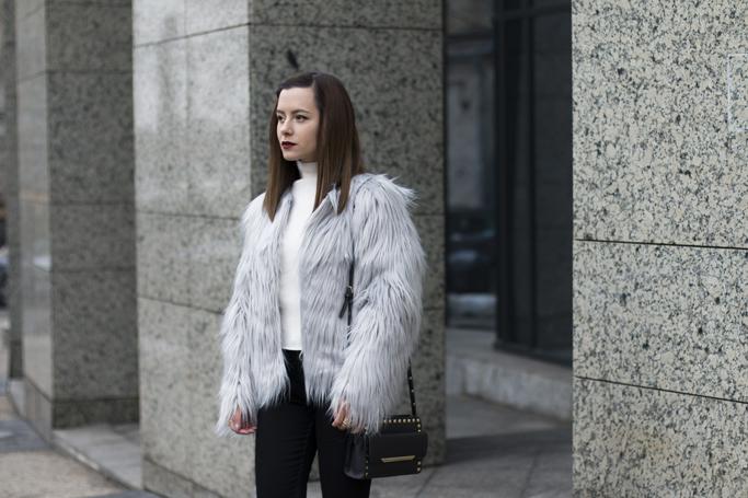 haina din blana artificiala