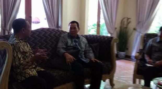Tommy Soeharto & Eka Santosa Kaji Hasil Rapimnas III di Cendana