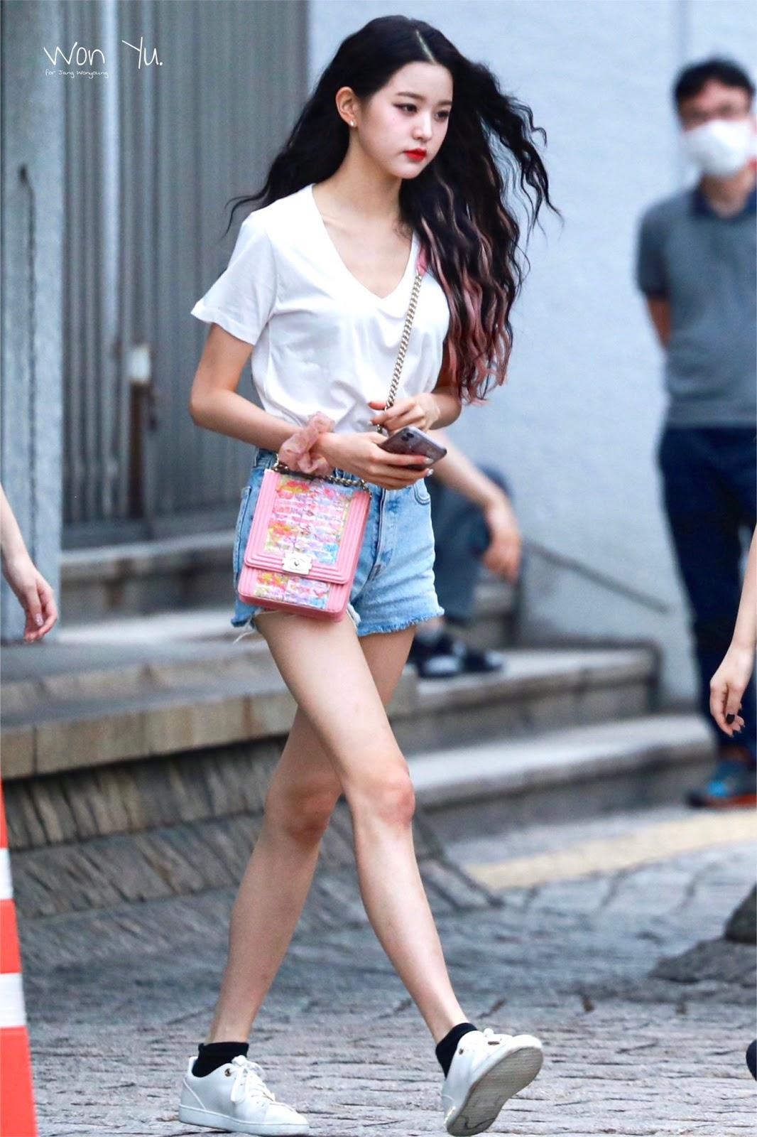 상체가 예의상 있는 듯한 여자 아이돌.jpgif - 인스티즈(instiz) 인티포털