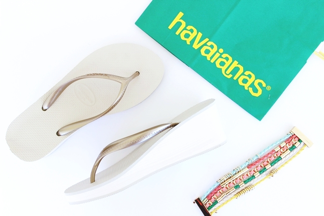 HAVAIANAS white and gold wedge woman flip flops
