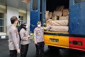Empat Polda Distribusikan Bantuan Untuk Korban Banjir Bandang NTT