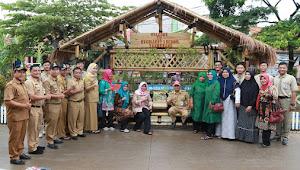 Camat Benda Dan Lintas Sektor se-Kecamatan Benda Ajak Pelajar Partisipasi Bagusin Bantaran Kali Kita