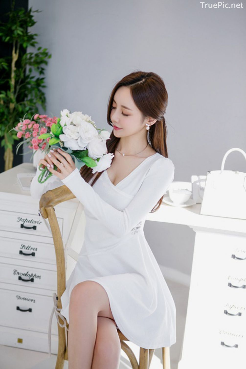 Son-Yoon-Joo-beautiful-photos-Indoor-Photoshoot-Collection-Korean-Fashion-and-Model-TruePic.net- Picture 2