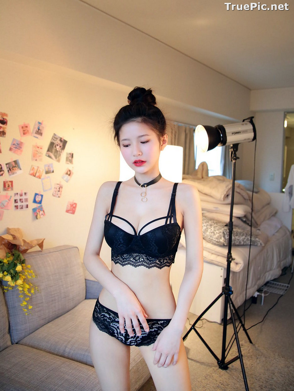 Image Korean Fashion Model - Asaki - Black and White Lingerie Set - TruePic.net - Picture-5