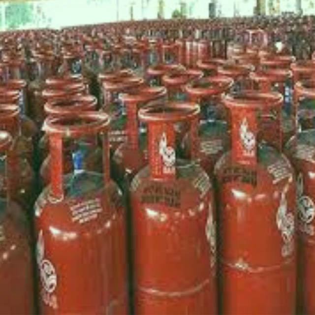 I need my LPG cylinder for only 9 rupees! It is possible?? Bumper opportunities until April 30th.