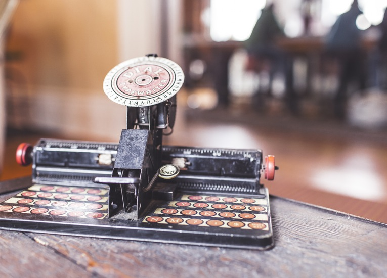 Some People Crave Old Fashion Typewriters In Life