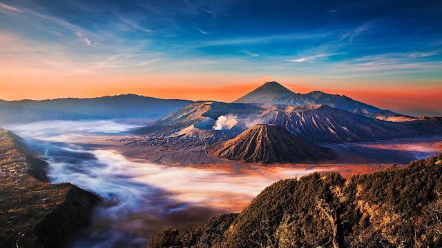 Gunung Bromo - 10 Rekomendasi Tempat Bulan Madu Romantis