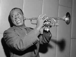 10 Lagu Terbaik Penyanyi Jazz Louis Armstrong