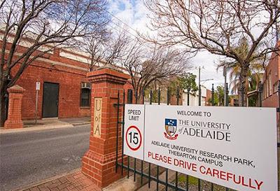 منحة لدراسة البكالوريوس والدراسات العليا في أستراليا