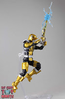 Lightning Collection Beast Morphers Gold Ranger 31
