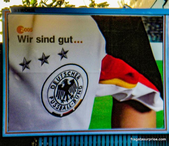 Outdoor em Berlim sobre a Copa das Confederações de 2005