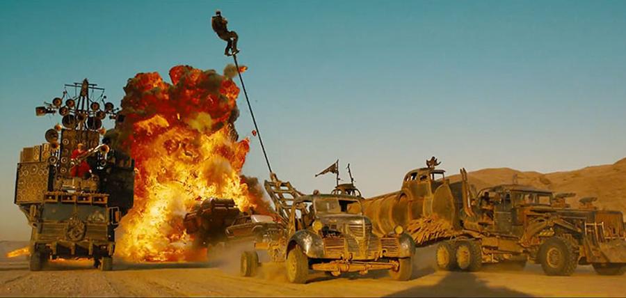 Multe explozii în Mad Max: Fury Road