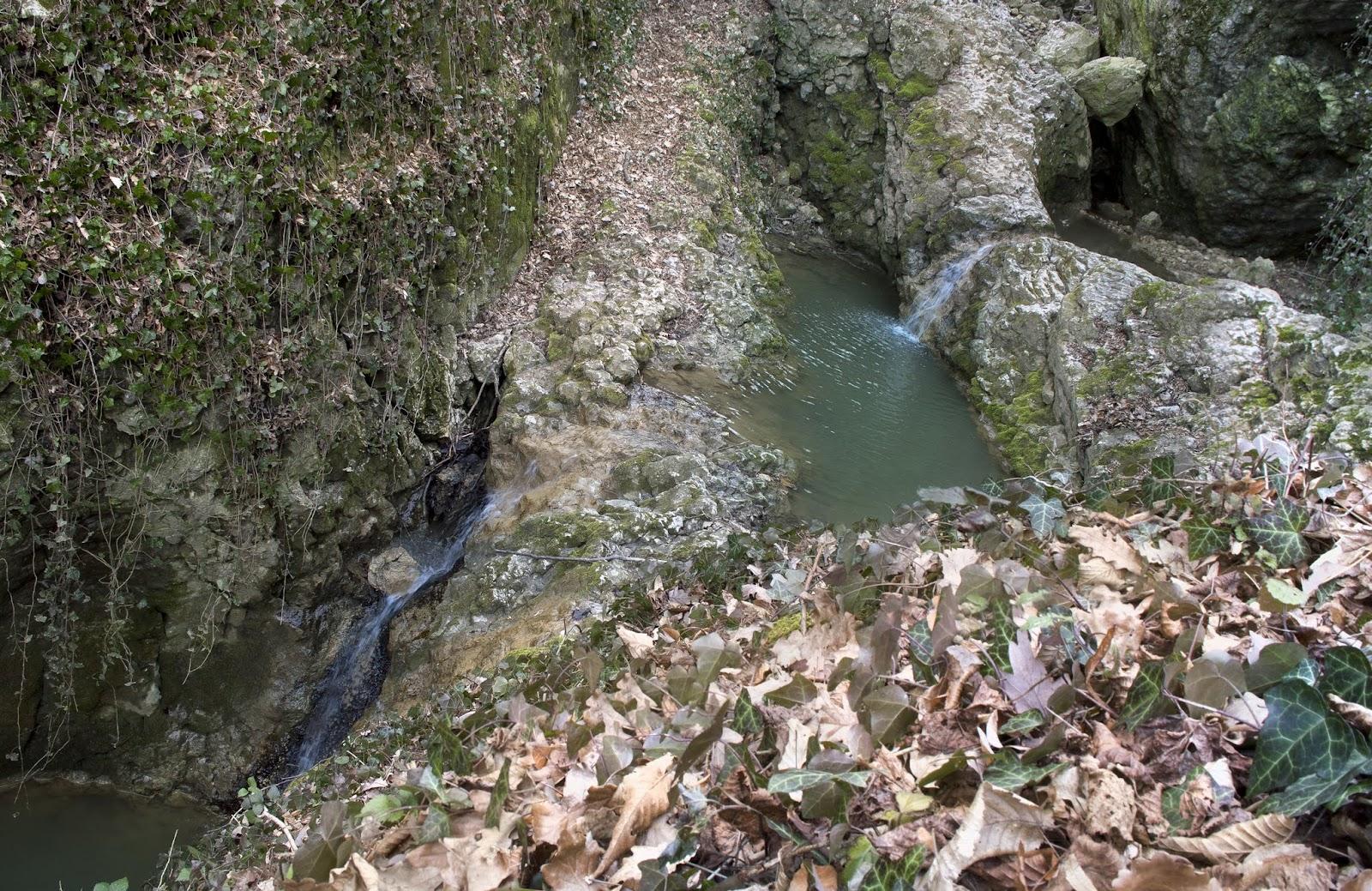 Kőmosó-szurdok és via ferrata