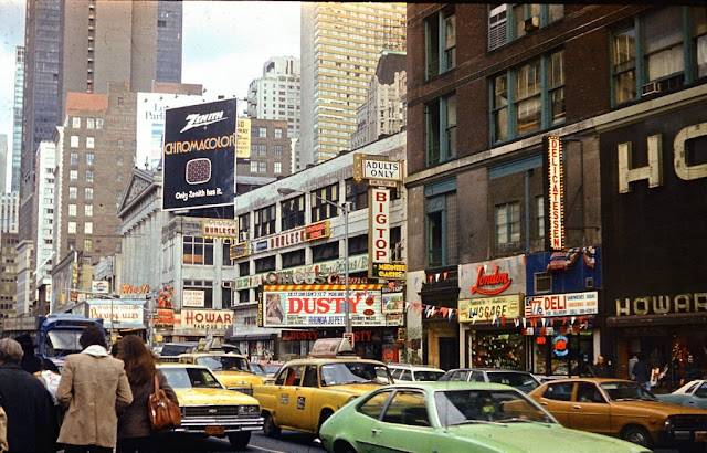 Broadway at 49th Street, NYC, in the 1970s randommusings.filminspector.com