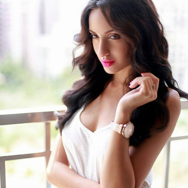 bharat movie song actress nora fatehi hot pic