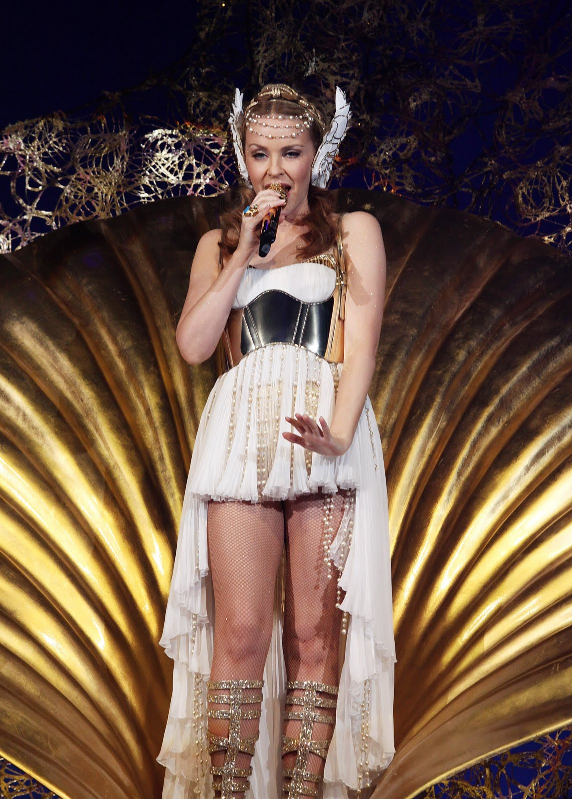 kylie minogue pictures hot