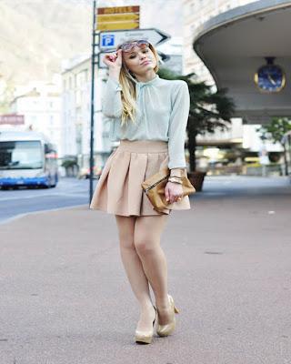 outfit juvenil casual con minifalda color pastel de moda tumblr