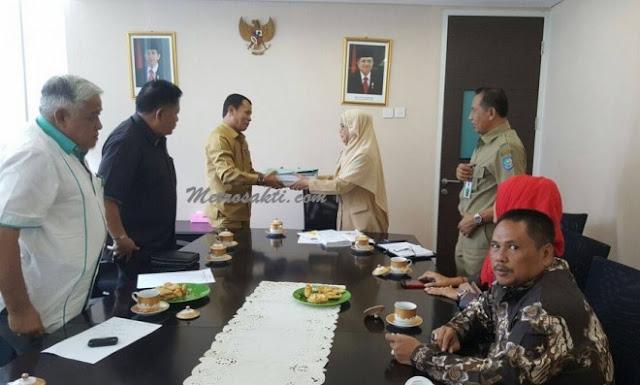 Wabup serahkan Berkas Pemekaran Kerinci Hilir Ke Kementerian