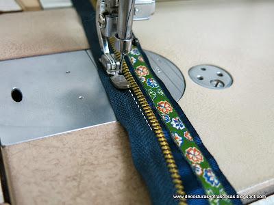 coser-cremallera-decorada