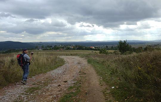 Przed nami wioska Porzecze.