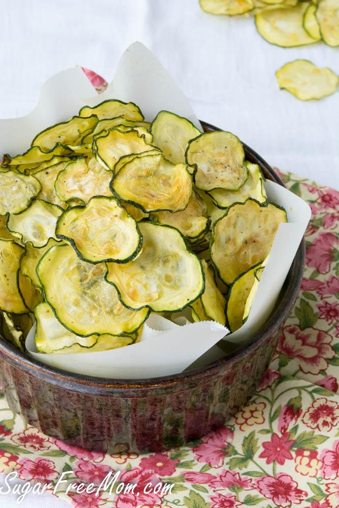 SALT AND PEPPER ZUCCHINI CHIPS #zucchiini #salad #sandwich #vegan #vegetarian