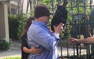 PF prende ex-secretário de Cabral por suspeita de fraude em licitação e corrupção.