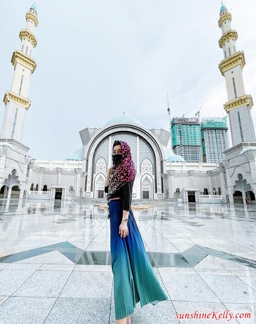 Masjid Wilayah Persekutuan Kuala Lumpur Tour, Tourism Malaysia, Cuti Cuti Malaysia, The Jewel of KL, Mosque in a Garden, Travel