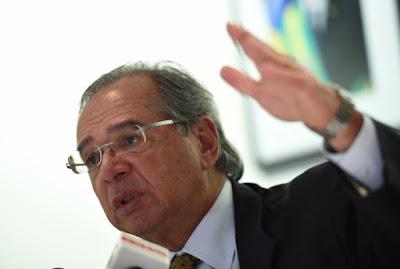 Guedes não descarta  liberações de recursos do FGTS