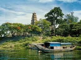 chùa Thiền mụ Huế