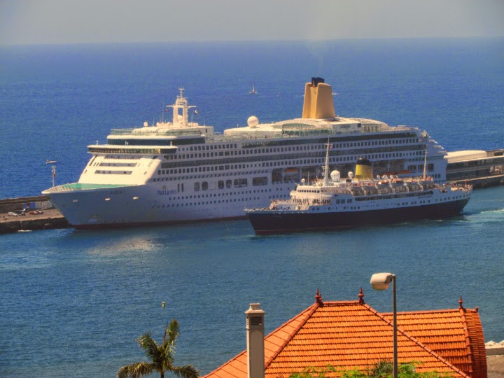 Aurora and Funchal cruise ship like a father and sun
