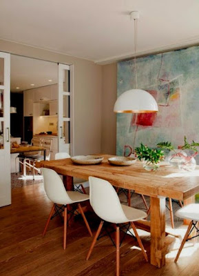 Piece of art can make your dining room looks more attractive