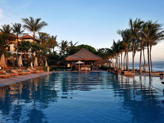 CHECK IN AT THE LEGIAN BALI | THE MOST LUXURIOUS HOTEL IN SEMINYAK