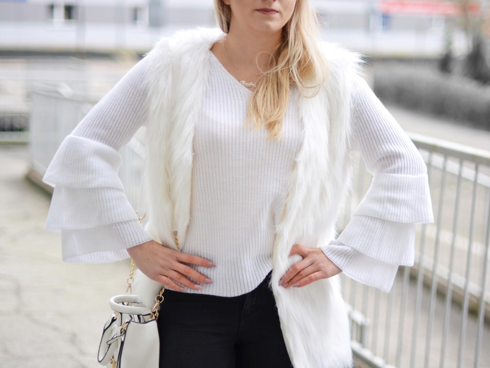 futrzana biała kamizelka
