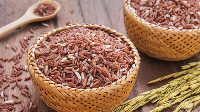 mamfaat beras merah untuk program diet Anda