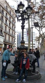 Las Ramblas, Fuente de Canaletas.