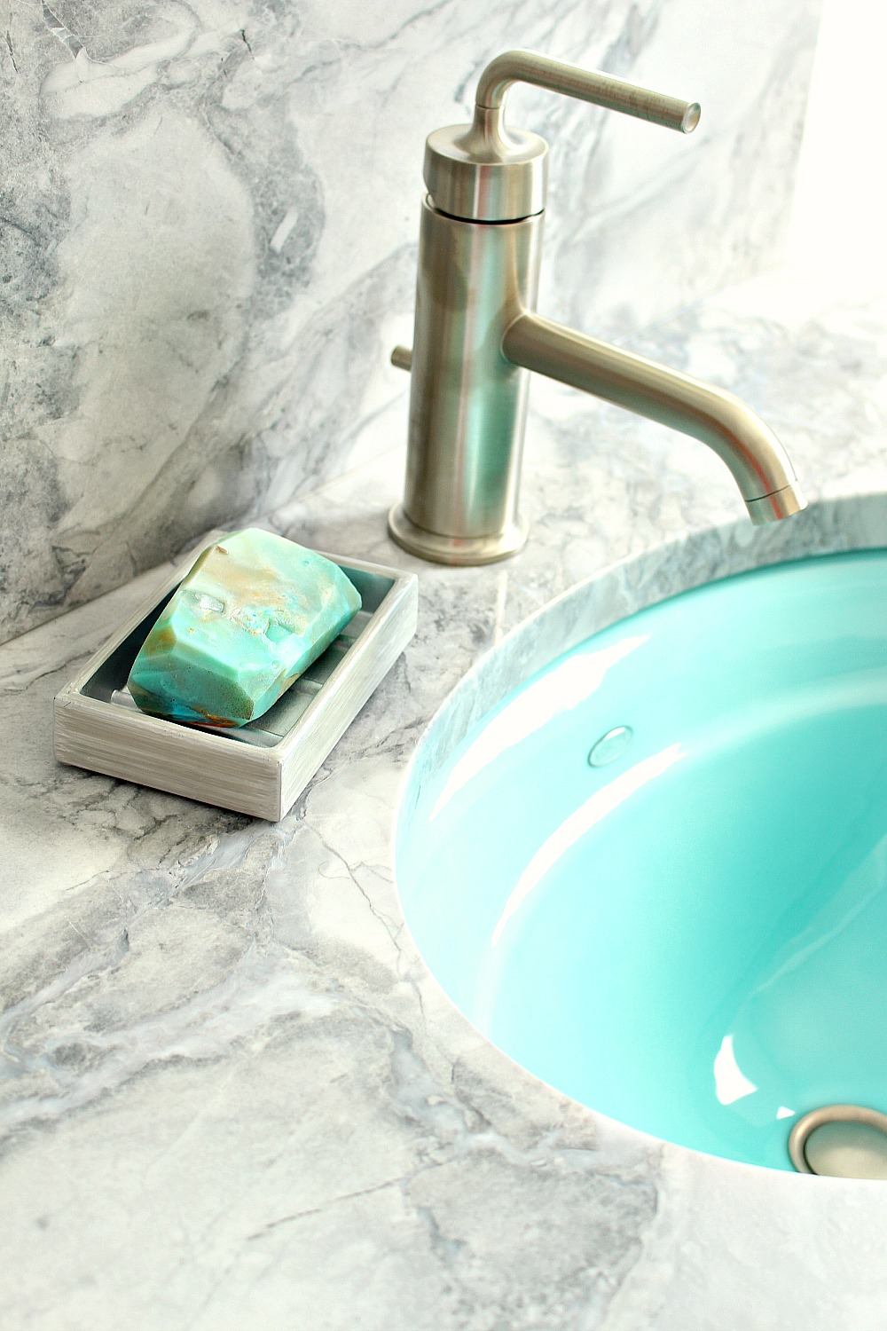 DIY Gem + Mineral Shaped Soap | Make Your Own Melt + Pour Soap Rocks