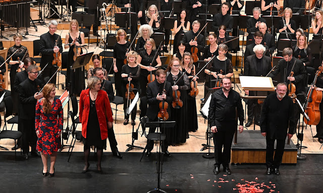 Cheryl Frances-Hoad, Tamsin Collison, Marcus Farnsworth, Martyn Brabbins, BBC Symphony Orchestra after the premiere of Last Man Standing at Barbican Hall, 2018 ( Photo BBC/Mark Allan)