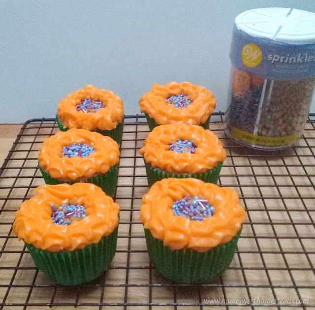Home Sweet Homestead Sunflower Cupcakes Cute Sunflower Cupcakes that are as fun and easy to make, as they are to eat!