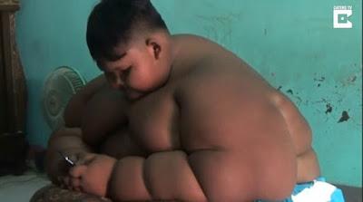Το πιο χοντρό παιδί στον κόσμο που έφτασε να ζυγίζει πάνω από 190 κιλά!