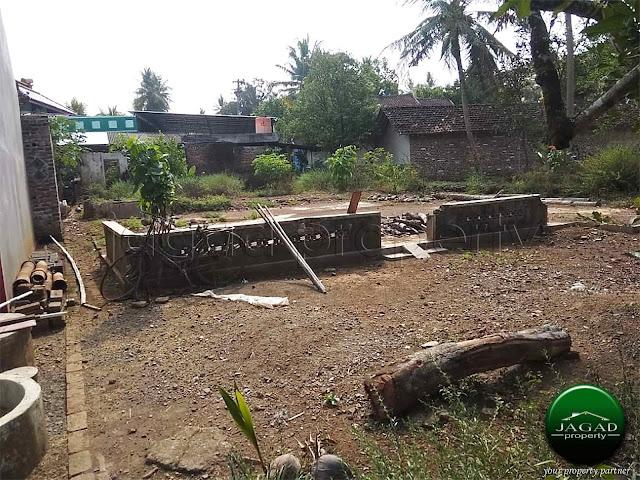 Tanah dekat Studio Alam Moyudan