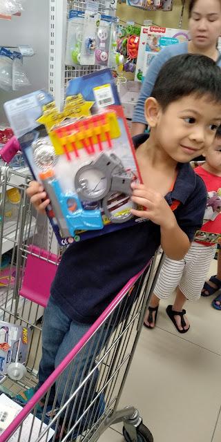 Pengalaman Shopping Baju Raya Anak-Anak Tanpa Daddy