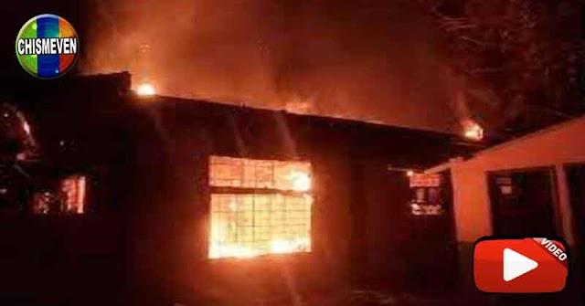 VENEZUELA EN RUINAS | Se quemó parte de la Universidad de Oriente