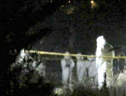 Feliz año nuevo les desea L.N.F.M (La Nueva Familia Michoacana) tiran ejecutado con narcomensje en Michoacán y amenaza