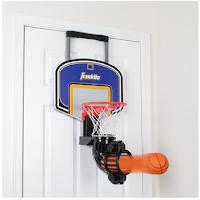 Un panier de basket pour s'entraîner tout seul dans sa chambre