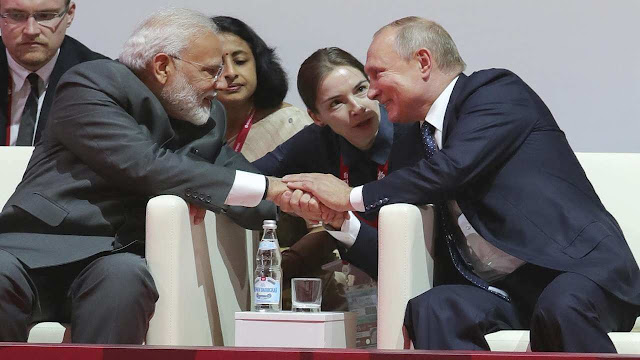 Know similarities and dissimilarities between Putin and Modi
