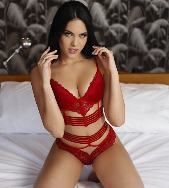 Emily Garcia Hot Pics and Bio