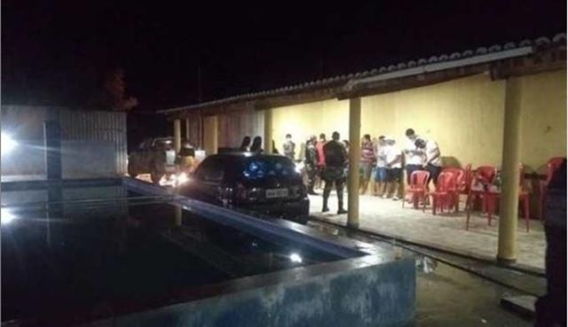 O Proibidão: Polícia Militar fecha área de lazer em Patos